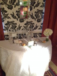 PZ bride and groom table